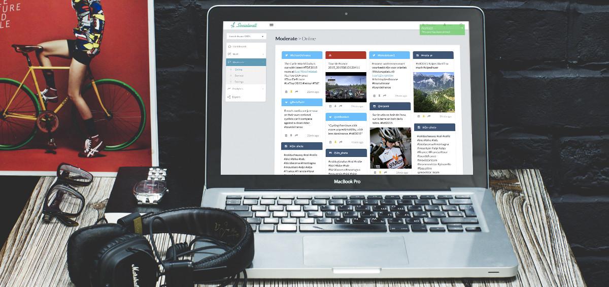 Mockup-Moderate-social-timeline