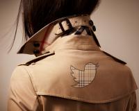 burberry-strategie-social-media-twitter-social-wall